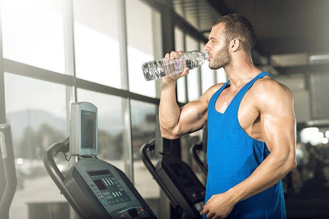 eau-musculation-hydratation